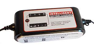 Carlster akkumulátor töltő