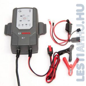 Bosch C7 Akkumulátor töltő 12V/24V 7 Amp